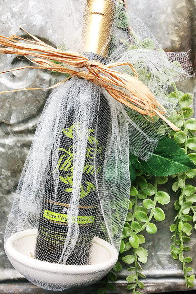 Dash of Thyme—Custom Wedding Favors and Gift Baskets
