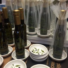 Olive Oil with Dish Wedding Favor
