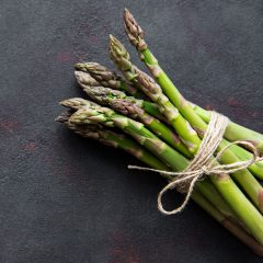 Grilled Asparagus with Garlic and Oil