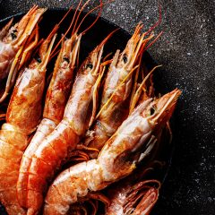 Spicy Scampi with Rosemary Cannellini